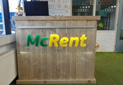 McRent balie